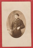 CPA: Carte-Photo - Militaire Du 17e Bataillon De Chasseurs à Pied - Rambervillers (?) - Régiments
