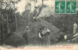 SAINT SEVER - L'allumage D'un Fourneau à Charbon Dans La Forêt - Frankreich