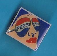 PIN'S //   ** BOISSON / PIN-UP / PEPSI ** - Beverages