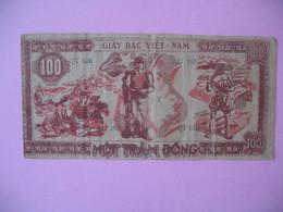 1948   Billet   Viêt-Nam     Giay Bac  De 100 Dong  N° AU 197 - Vietnam