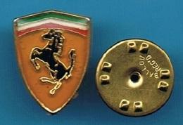 1 PIN'S //   ** LOGO ** FERRARI** - Ferrari