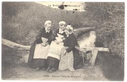 CPA 29 - HUELGOAT (Finistère) - 1009. Jeunes Filles Du HUELGOAT - Huelgoat