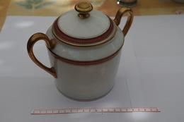 B/ Sucrier Limoge Porcelaine Dorée Or M Maigner & Cie France - Limoges (FRA)