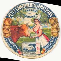 Etiquette à Fromage Petit Camembert Des Amateurs Laiteries De Friardel Calvados - Fromage