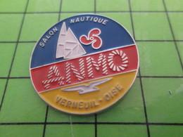 1012b Pin's Pins / Beau Et Rare : Thème BATEAUX / SALON NAUTIQUE VERNEUIL S/OISE ANMO VOILE VOILIER - Boats
