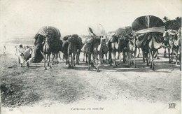 004326  Caravane En Marche - Ansichtskarten