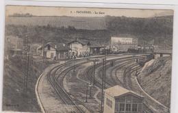 Cpa B23 FAUGERES- La Gare- Rails-wagons-animée - France