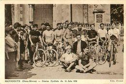 Cpa MENIGOUTE 79 Course Cycliste Du 14 Juin 1936 - France