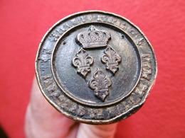 TAMPON BRONZE CACHET RESTAURATION FLEUR DE LYS COURONNE - Seals