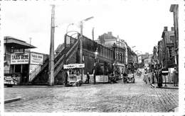 Seraing - Passerelle Avec Rue Du Molinay (top Animation, Taxis, Oldtimer, Marchand De Glace Ambulant) - Seraing