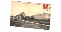 Carte Postale Ancienne De CAEN-le Château-porte De Secours Et Caserne Lefèvre - Caen