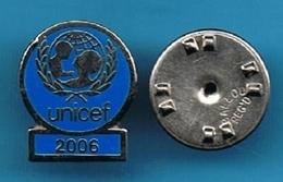 PIN'S //   ** UNICEF / 2006 ** - Associations