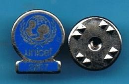 PIN'S //   ** UNICEF / 2007 ** - Associations