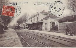 Pont-saint-esprit-la Gare-arrivée D'un Train - Pont-Saint-Esprit