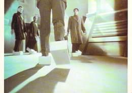 PUB Publicité  NUGERON  J 141  Campagne Publicitaire BUGGY  (ERAM Chaussure Chaussures )  Agence Business* PRIX FIXE - Advertising