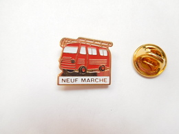 Beau Pin's , Pompiers De Neuf Marché , Fourgon , Seine Maritime - Firemen