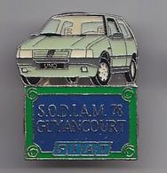 Pin's SODIAM 78 Guyancourt Fiat Uno  De Couleur Verte  Réf 4653 - Fiat