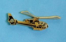 1 PIN'S  //  ** HÉLICOPTÈRE / SA342 GAZELLE MTS / MOUVEMENT TRANSPORT SERVICE ** . (J.Y. Ségalen Collection) - Airplanes
