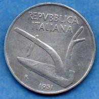 ITALIE ITALY  10 LIRE 1951 - 1946-… : Republic