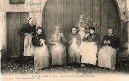 CPA - BARBEY-SEROUX (88) - Aspect Des Brodeuses Et Dentellières En 1900 - France