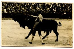 Spain Vintage RPPC Postcard Matador And Bull / Bullfighting - Corrida
