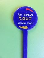 121 - Touilleur - Agitateur - Mélangeur à Boisson - Tabac - Cigarettes Gauloises - Un Petit Tour Avec Moi - Swizzle Sticks