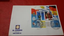 L'Uruguay FDC Homenajjes à Juan Paul II Et Benedicto XVI - Päpste