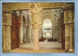 Vézelay (89) Basilique Sainte-Madeleine (XI-XIIème S.) Narthex Et Nef 2 Scans - Vezelay