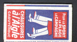 Petit Carnet De Papier à Cigarette, Chaussures, Impermeable, Camping, Pneus Tuyaux Huchinson, Chaussures à L'aigle - Altri