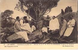 TCHAD - AU CHIRE :  Cathéchisme En Plein Air ( Mission De La Cie De Marie ...)  CPA - Afrique Noire - Black Africa - Tchad