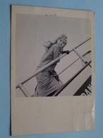 BRIGITTE BARDOT Star 138 ( F. NUGERON ) 6 Avril 1958 / Air France Distri ( Voir Photo ) Gekreukt ! - Femmes Célèbres