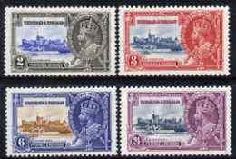77311 Trinidad + Tobago 1935 KG5 Silver Jubilee Perf Set Of 4 Lightly Mounted Mint, SG 239-42 (castles) - Trinidad & Tobago (...-1961)