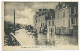 CPA ANIMEE BAS MEUDON, HOMMES EN BARQUE DURANT LES INONDATIONS DE 1910, ROUTE DE VAUGIRARD, HAUTS DE SEINE 92 - Meudon