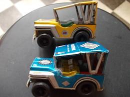2  JEEPS EN TOLE SERIGRAPHIEES Roues à Friction MARQUE PAYVA Espagne  ANNEES 1970 - Toy Memorabilia