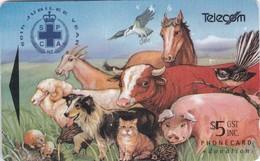 New Zealand, NZ-F-012, Montage Of Animals, Horse, Bird, Cat, Dog, Cow, Bird, 2 Scans  ADCB - New Zealand
