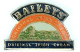 Pin's BAILEYS' - Original Irish Cream - Créme De Whisky - Le Logo - Paysage - H166 - Beverages