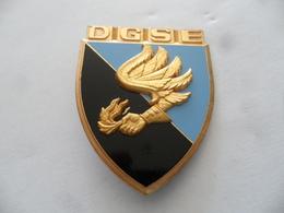 (Militaria - Insigne FRAISSE  Sans Réf, à Identifier...??) - D.G.S.E. (Direction Générale De La Sécurité Extérieure ???) - Insignes & Rubans