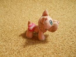Figurine Dog By Famosa * Some Dirty - Dogs