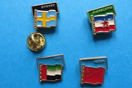 Lot De 4 Pin's,football,World Cup 90 ITALY,drapeau,SWEDEN,JUGOSLAVIA,UAE,CCCP - Football