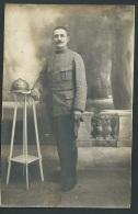 Cpa Photo (  B. Martin , Photographe 143 R De La Fuye Tours )  D'un Poilu N° 70 Sur Le Col  - Zbb23 - Guerre 1914-18