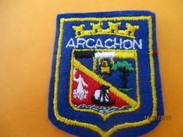 Ecusson Tissu Ancien à Coudre/ Ville D'ARCACHON/ Gironde/ Années 70 - 80       ET215 - Ecussons Tissu