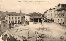 48. CPA. AUROUX. La Place Aspect Sud Est. Travaux, Billes De Bois. - Other Municipalities