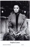 SOPHIA LOREN - Film Star Pin Up PHOTO Postcard - Publisher Swiftsure Postcards 2000 - Artiesten
