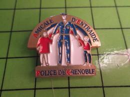 516c Pin's Pins / Rare Et Belle Qualité THEME : POLICE / AMICALE D'ENTRAIDE DE LA POLICE DE GRENOBLE - Police