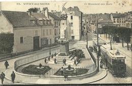 Vitry Sur Seine Le Monument Aux Morts - Vitry Sur Seine