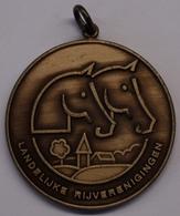 3209 Vz Landelijke Rijverenigingen (LRV) - Kz Gewestelijk Ponytornooi Moerbeke 1 Augustus 1993 - Tokens Of Communes