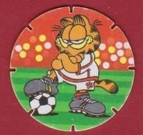 GARFIELD Football Player Voetbal CUPID 1995 Flippo Nr. 32 Croky Chips  Strip Stripfiguur Comics Bande Dessinée - Advertising