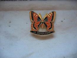 Pin's De La Moineaudiere, Joli Papillon - Animals