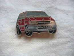Pin's Ballard D'un Voyageur De La Marque CHRISLER - Peugeot