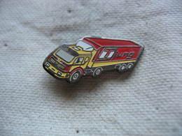 Pin's Camion Mercedes, Semi Remorque Des Transports JUNG - Transports